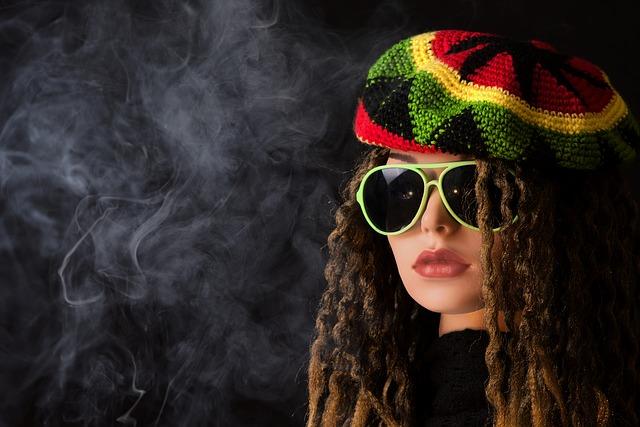 žena s baretem